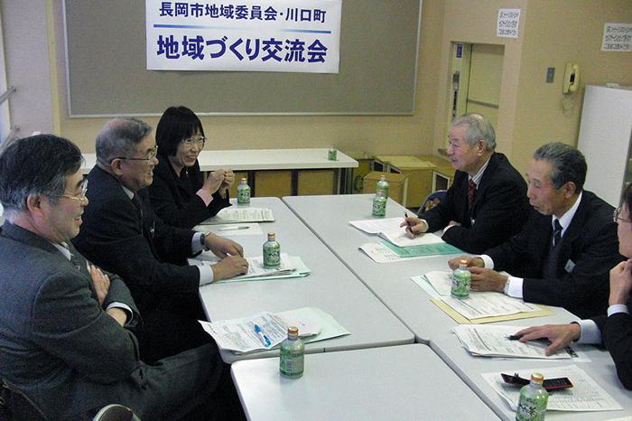 http://tamionet.com/blog/image/20091220-2_tiiki-kawaguti.jpg