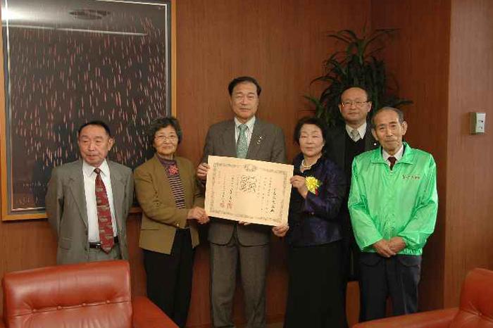http://tamionet.com/blog/image/20101124-1_hanakikaku.jpg