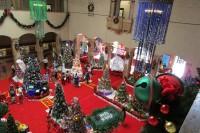 市役所ロビーのクリスマス