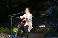 宇崎さんのギター弾き語り