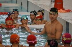 20151022swimming-2